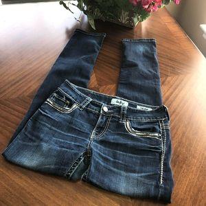 Buckle Daytrip Virgo Skinny stretch jean size 27